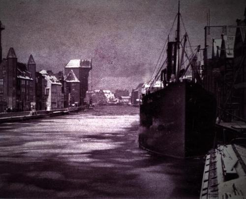 Fotografia z przedwojennej książeczki o Gdańsku, przerobiłam ją na photoshopie.