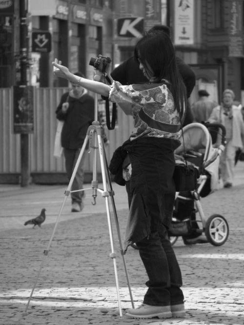 #NaUlicy #Praga #dziewczyna #ustawia #GołąbWGłębi