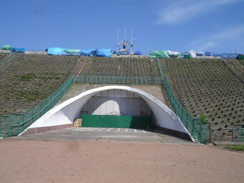 5 maja 2007 - czylli wygląd Stadionu Dziesięciolecia dwa tygodnie po werdykcie UEFA o państwach organizujących EURO 2012. #StadionDziesięciolecia #Euro2012 #StadionNarodowy #praga #warszawa #uefa