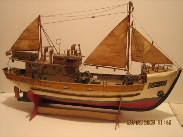 Moje stare modele kartonowe, odkurzone #ModeleKartonowe #statki #okręty #żaglowce