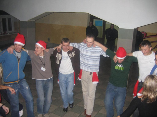 Mikołajki 2007 - tak bawi się polibuda w W-chu ;)