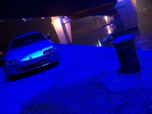 Sesja pod Mostem Milenijnym. To nie PS, on jest cały podświetlony od spodu niebieskimi neonówkami :)